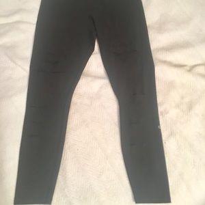 ALO Yoga Pants - Alo- High waisted Ripped Warrior